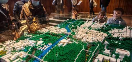 """IN BEELD. Op visite bij Bricks in the City: """"We gebruiken onze kinderen als excuus om zelf met LEGO te spelen"""""""