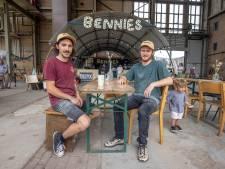 Zwols pop-uprestaurant Bennies, in de oude IJsselcentrale, is geopend: 'We hebben het zo enorm druk'