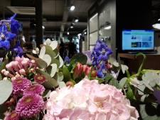 CameraTools in Apeldoorn roept op te stoppen met cadeaus na brute overval: 'De vazen zijn op'