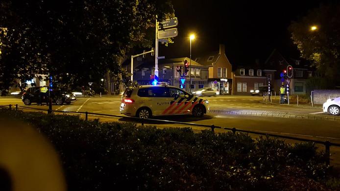 De Kromstraat in Valkenswaard is afgezet vanwege de brand.