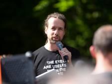 Willem Engel zondag op manifestatie in Eindhoven; burgemeester stelt cameratoezicht in
