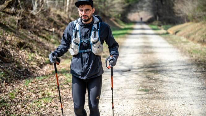"""Tandarts Thomas (26) loopt in zes dagen 560 kilometer, dwars door België: """"Lopen in de woestijn was minder zwaar"""""""