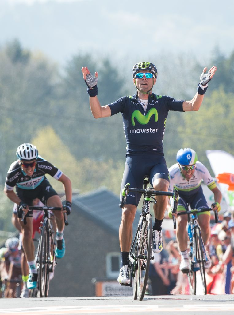 Alejandro Valverde wint op de steile Muur van Hoei, ook volgende week aankomst van de Waalse Pijl. Beeld BELGA