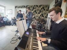 Eerste editie van Muziek bij de Buren in Roosendaal vindt in 17 huiskamers plaats
