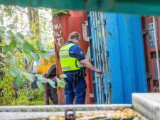 Illegaal wonen en sporen hennepteelt duiken op bij controle op Dolders bedrijventerrein