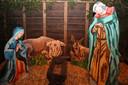 De vorige kerststal met scheel kijkende ezel.