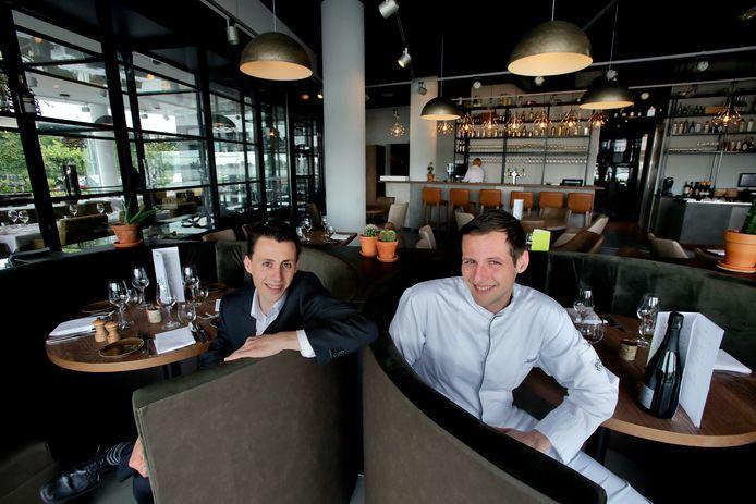 Mark van den Berg (links) en Arjan Kuipers van De Ertepeller in Papendrecht.