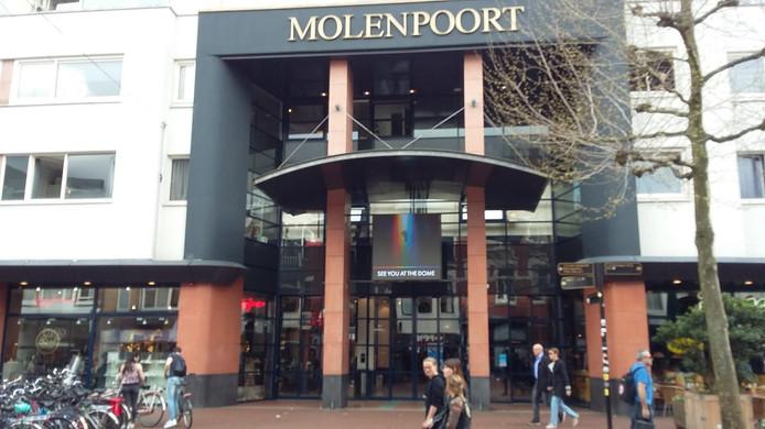 Winkelpassage Molenpoort in de Molenstraat in Nijmegen.
