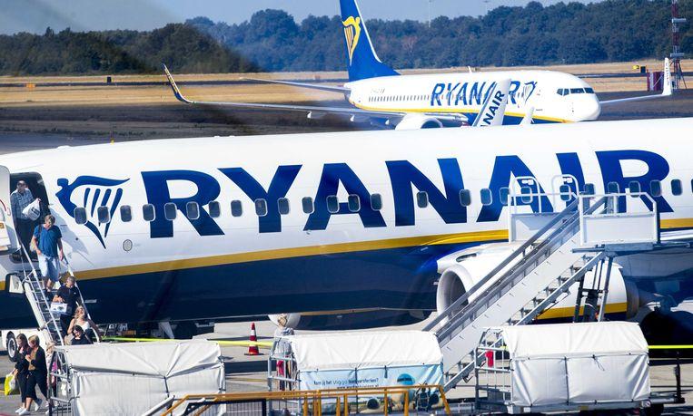 Vliegtuigen van Ryanair op Eindhoven Airport. Beeld ANP