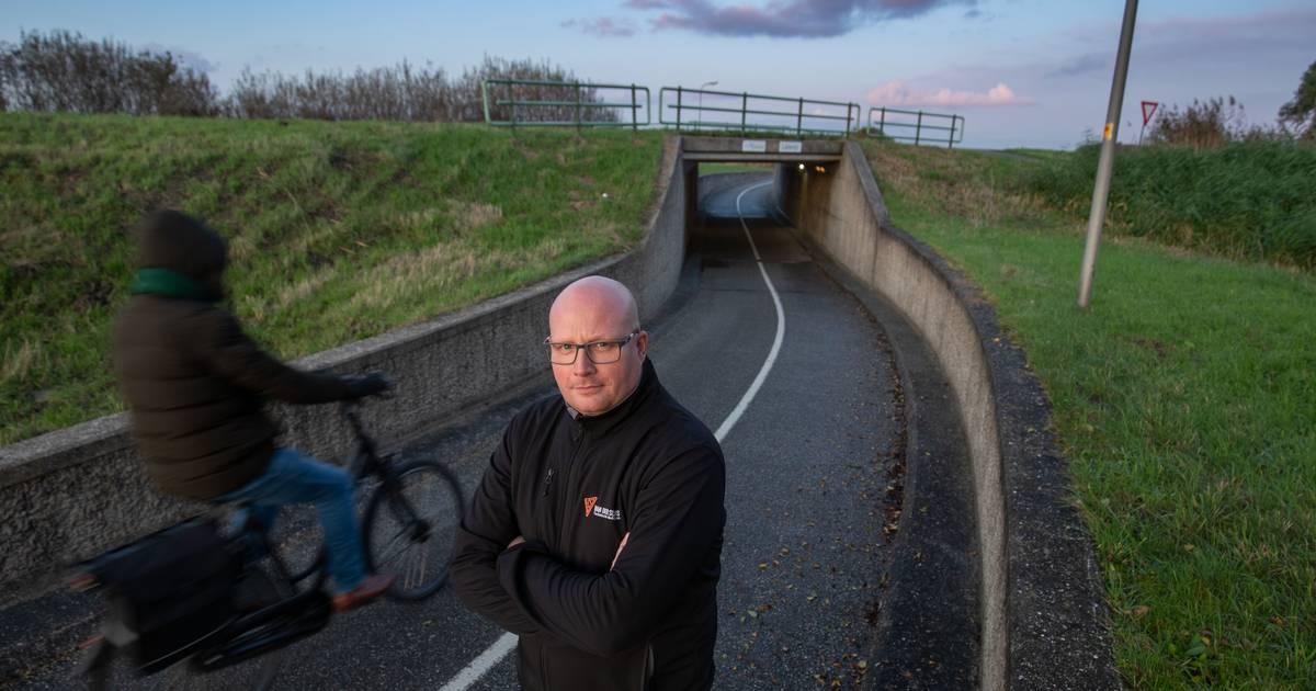 Scooter van Ite uit Kampen gestolen na ongeluk aan Kamperzeedijk.