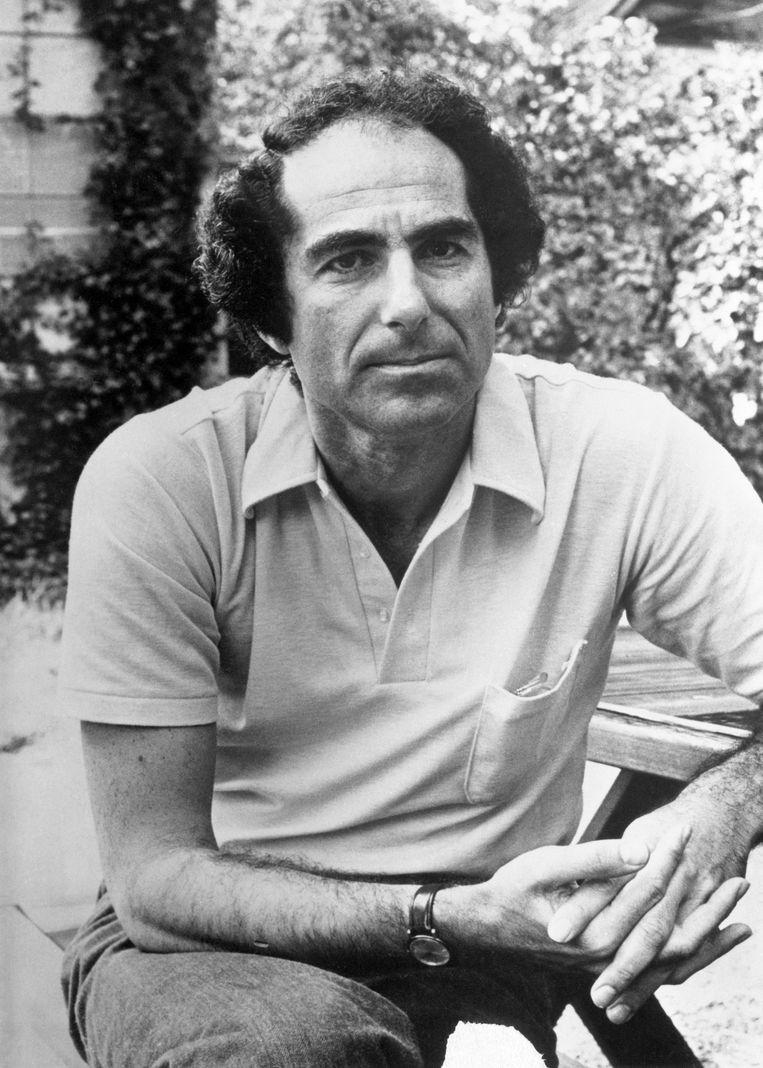 Philip Roth had de reputatie van een op seks beluste man met een sliert van boze vriendinnen en echtgenotes achter zich aan.  Beeld Bettmann Archive