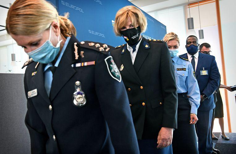 Persconferentie bij Europol over de maandenlange undercoveroperatie Trojan Shield. Beeld Marcel van den Bergh / de Volkskrant