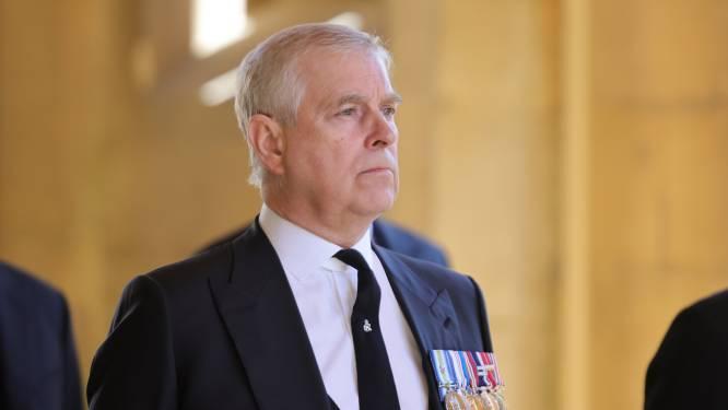 """47 organisaties verbreken banden met prins Andrew: """"Dit is niet langer gepast"""""""