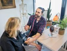 Nieuwe dokter Jamy Moussavi blijft 'dicht bij moeder natuur'