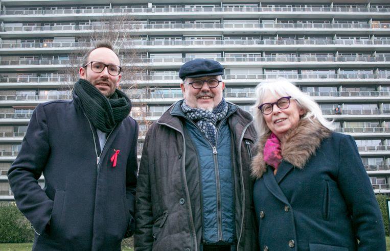 """Willem De Klerck, Julien Van Geertsom en Magda De Meyer: """"Ongeveer 8.000 mensen staan in het Waasland op de wachtlijst voor een sociale huurwoning. De private huurmarkt wordt stilaan onbetaalbaar voor mensen met een laag inkomen."""""""