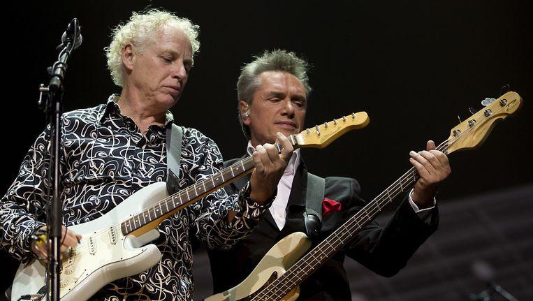 Henny Vrienten (r) en gitarist Jan Hendriks. Beeld ANP