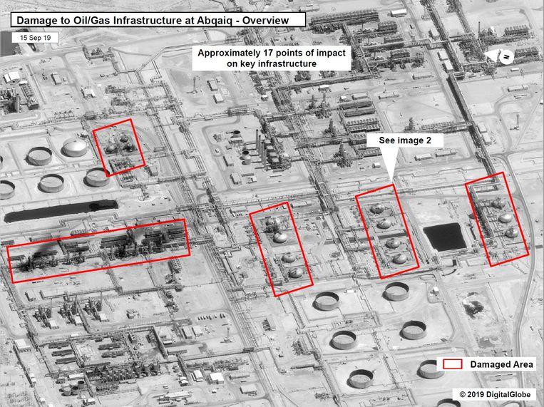 Satellietbeelden tonen de plaatsen waar de drones toegeslagen zouden hebben. Beeld USGovernment/Handout via REUTERS