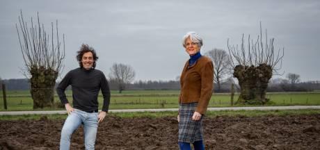 Bewoners Wilpse Klei leren elkaar weer beter kennen door nieuw boek: 'Het is een bedrijvig volkje'