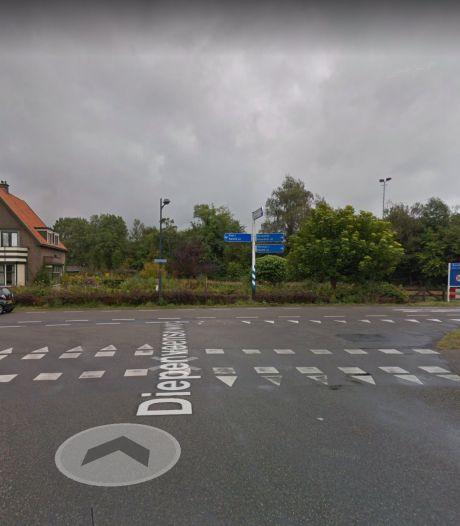 Werkzaamheden in Olst op kruising Koekoeksweg en Diepenveenseweg, gemeente zet verkeersregelaars in