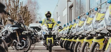 """Verkeerspolitie neemt 22 nieuwe motoren in gebruik: """"Geen contactsleutel meer nodig én verbinding mogelijk met gsm"""""""