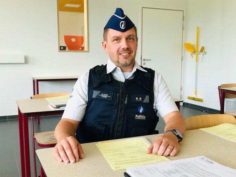 Inspecteur Fabio Carzedda, de schoolagent van CARMA