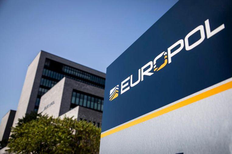 De operatie van Europol en Interpol resulteerde in de arrestatie van 672 personen. Beeld REUTERS