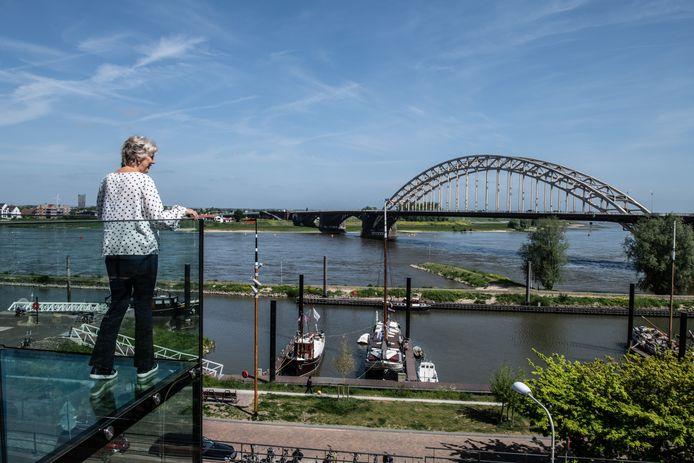 De Waal bij Nijmegen nu.