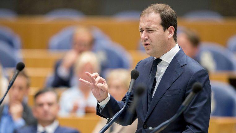 Demissionair minister Lodewijk Asscher zegt niet te zullen tekenen voor een begroting zonder extraatje voor leraren. Beeld Jerry Lampen/anp