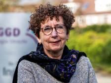 Utrechtse GGD-baas Nicolette (61) spreekt in haar vrije tijd samenklittende mensen aan: 'Boos worden doe ik niet'