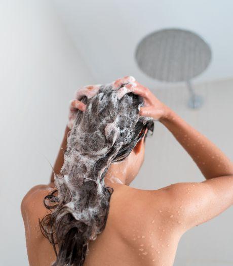 Une experte révèle les six erreurs que l'on fait tous avec notre shampoing