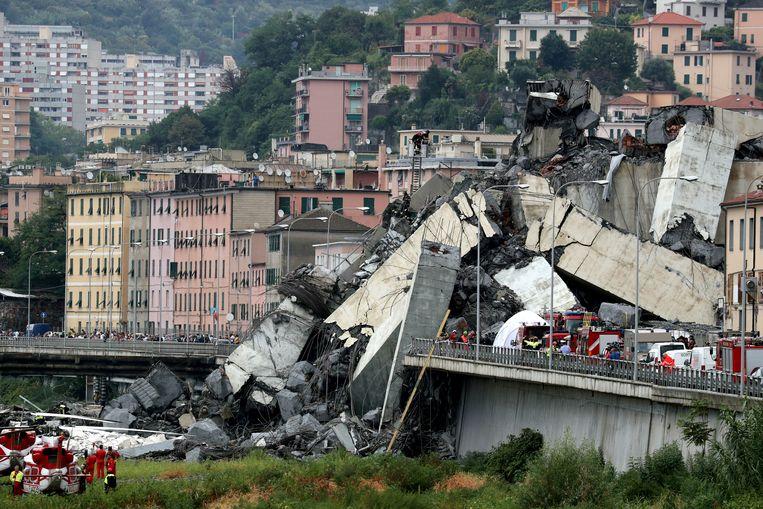 De ingestorte brug in Genua. Beeld REUTERS