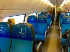 NS plaatst logo's op stoelen tegen overlast in stiltecoupés