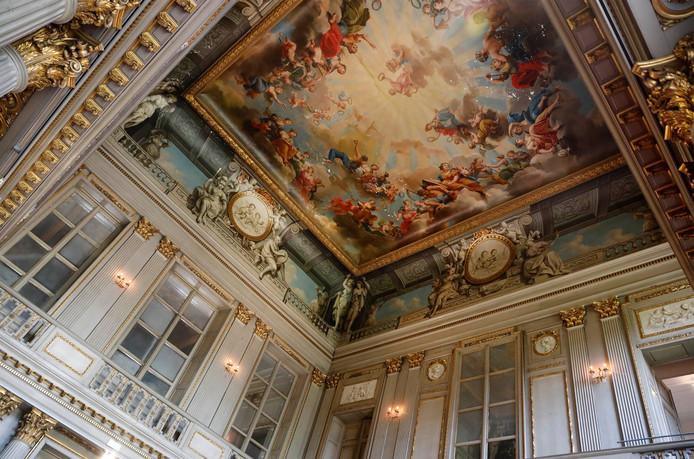 De balzaal van Hotel D'Hane Steenhuyse. 'Het is nog net geen Sixtijnse Kapel.'