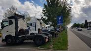 """Gemeenten zoeken samen naar oplossingen voor geparkeerde vrachtwagens: """"Probleem stopt niet aan onze grenzen"""""""