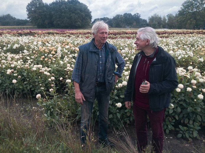 Jan van IJzendoorn (links) interviewt Jan Gebbink.