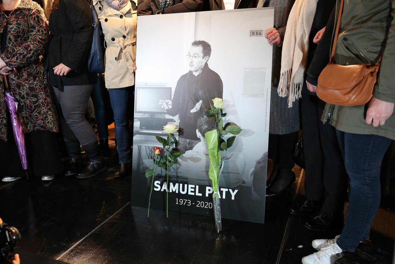 Samuel Paty, le professeur assassiné près de son collège en région parisienne