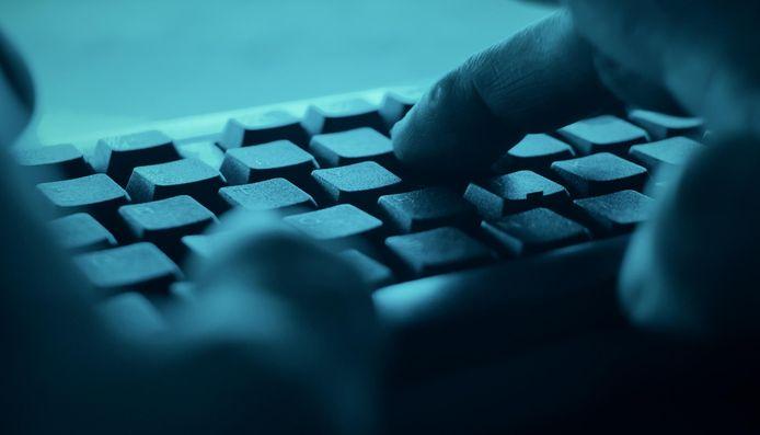Op de computer van de beklaagde werden opnieuw honderden bestanden met kinderporno aangetroffen.