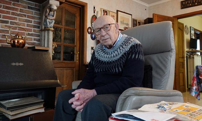 Emile Muylle (91) werd het slachtoffer van een zorgkundige die ook na haar diensturen een bezoekje bracht.