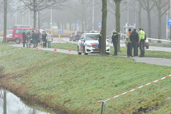 De omgeving rondom de Hordenweg in Wijk bij Duurstede is afgezet   Foto: Koen Laureij