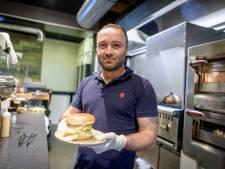 Hartverwarmend: Ninos (36) brengt nachtploeg spoedeisende hulp in Almelo gratis eten