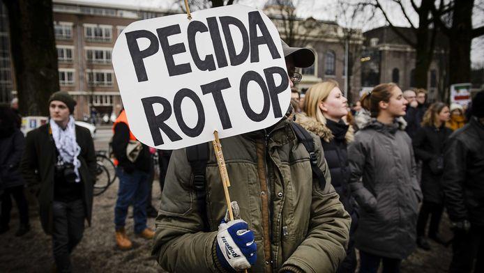 Tegendemonstratie bij een eerdere betoging van Pegida