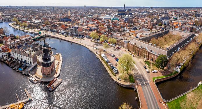 Vooral in Haarlem is de huizenmarkt erg krap geworden.