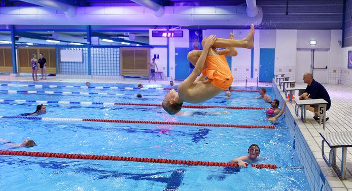 Zwemvereniging Neptunus'58 bestaat zestig jaar.