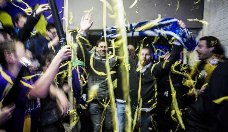 Feest in de kantine van de amateurs van VVSB na de 3-2 overwinning op FC Den Bosch in de beker. Beeld anp