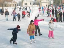 Wordt het te druk op het ijs dan kan de gemeente de schaatsbaan sluiten
