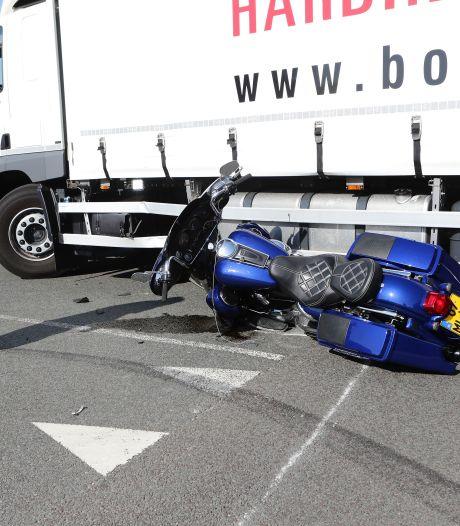 Motorrijder raakt gewond bij ongeval op Newtonweg in Gorinchem