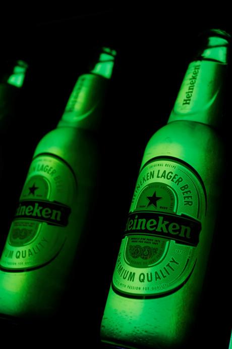 FIOD stuit in Heusden op bierfraude met merken als Heineken en Amstel