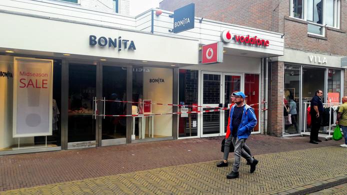 47cc62fe1df Winkel Vodafone half september weer open | Achterhoek | gelderlander.nl