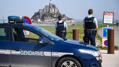 """Mont Saint-Michel weer open voor publiek: verdachte onvindbaar, maar """"gevaar geweken"""""""