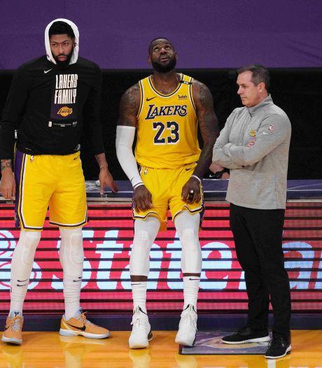 Twijfelachtige primeur voor LeBron James na pijnlijke eliminatie LA Lakers